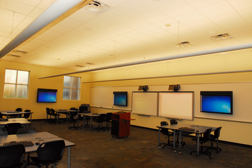 Bishop Moore Catholic High School | Technology Lab
